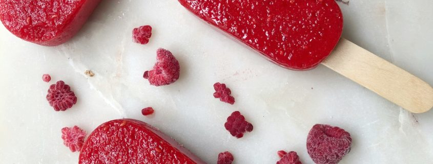 sodavandsis med vandmelon og hindbær